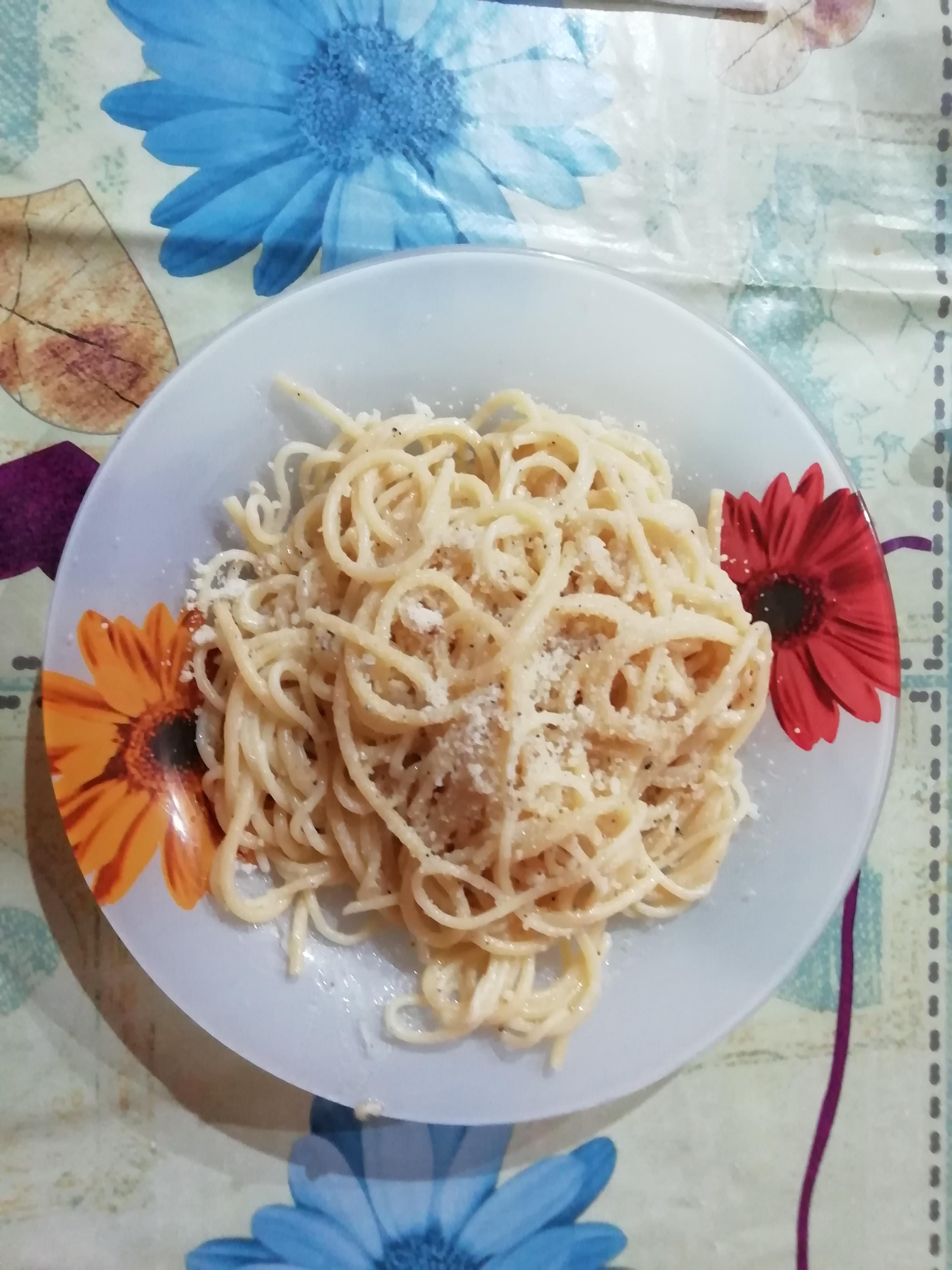 Photo of Spaghetti cacio e pepe!
